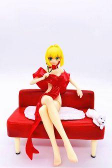 浴袍尼禄 红色沙发(软胸)
